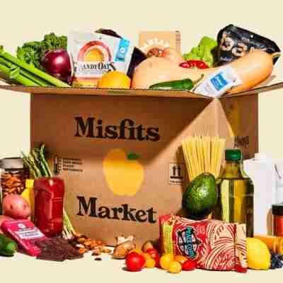 delivered box of misfits market produce