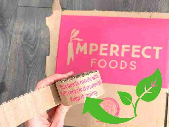 imperfect food box made with recycled materials